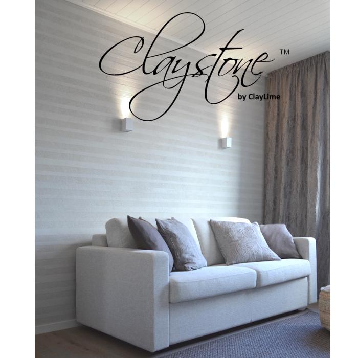 Claystone sisustuslaasti takkahuone raitaseina sohva Glasier