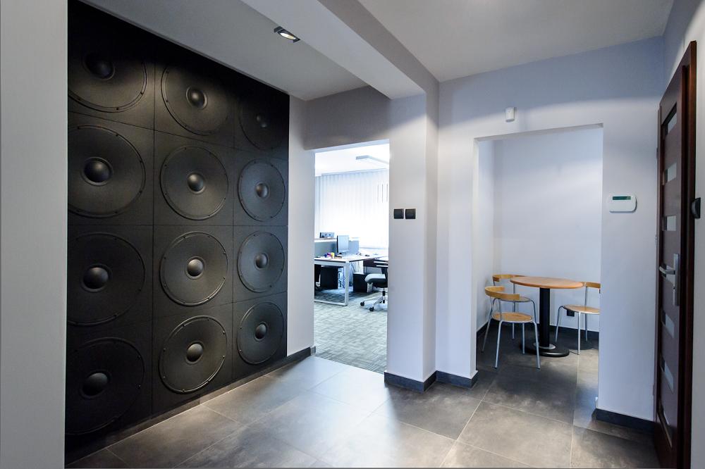 LOFT 3D paneeli malli 11 Speaker toimisto 1